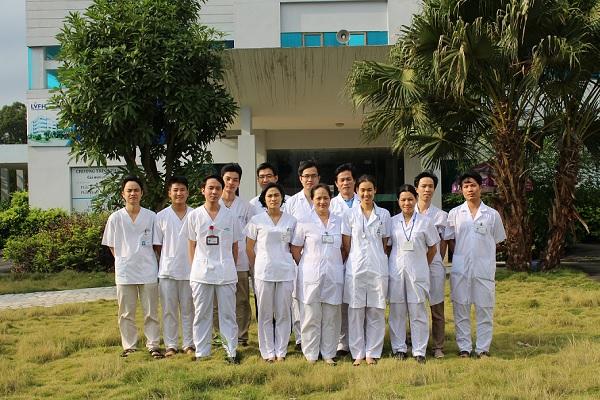 Đội ngũ y bác sĩ khoa Nội